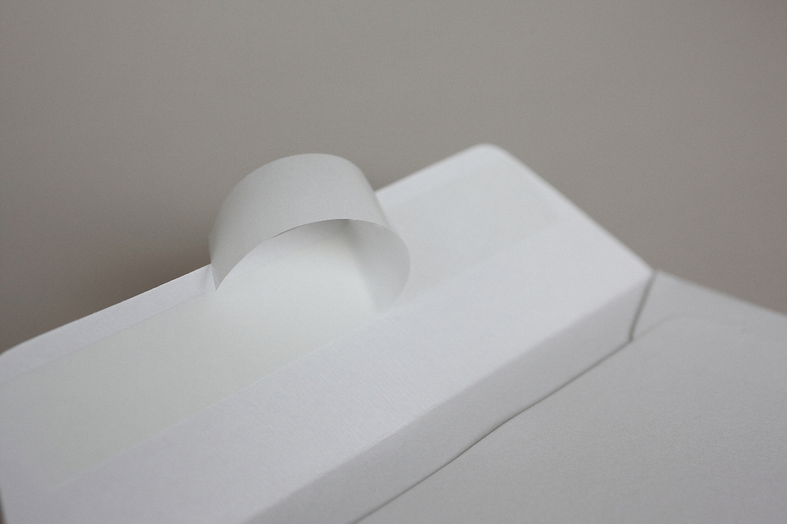 LUXURY WHITE PEARLESCENT (Peregrina Marble White) 120gsm Peel & Seal Wallet Style Envelopes