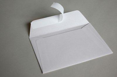 LUXURY WHITE PEARLESCENT (Peregrina Marble White) 120gsm Peel & Seal Wallet Style Envelopes