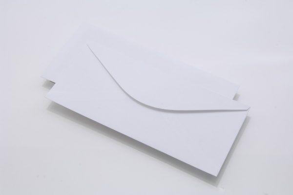 white-gummed-wallet-business-envelope