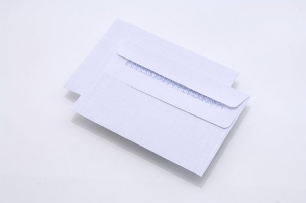 white-self-seal-c6-envelopes